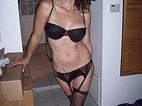 Reife Frau in sexy W�sche und beim Sex
