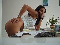 Sexy M�dchen l�sst sich nackt fotografieren