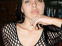 Sexy Luder zeigt ihren geilen K�rper