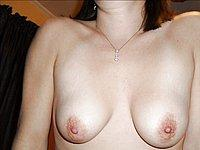 Private Fotos ihrer nackten Br�ste