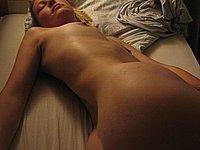 Freundin intim nackt fotografiert