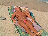 Private Nacktfotos - Reife Frau privat nackt