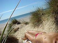 Heisse Urlaubsfotos mit Strand und Sperma