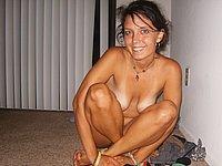 Sch�ne junge Frau nackt und beim Lutschen