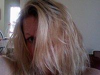 Blondine mit geilen M�psen
